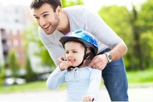 Комплектуем велосипедный костюм для ребенка – о чем стоит помнить